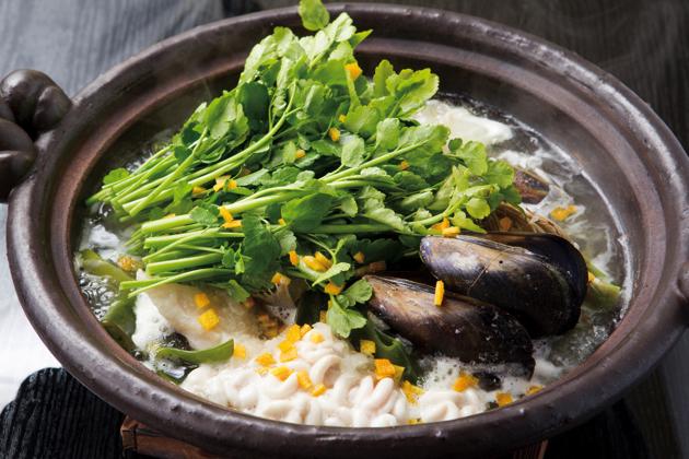 その日の仕入れや、好みによって具材が変化する「せり鍋」(1人前1,200円~)