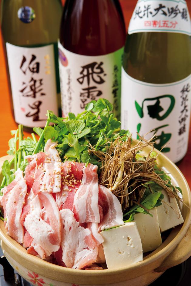 「仙台白菜と豚肉のせり鍋」は、2人前からオーダー可能。1人前680円という価格もうれしい!