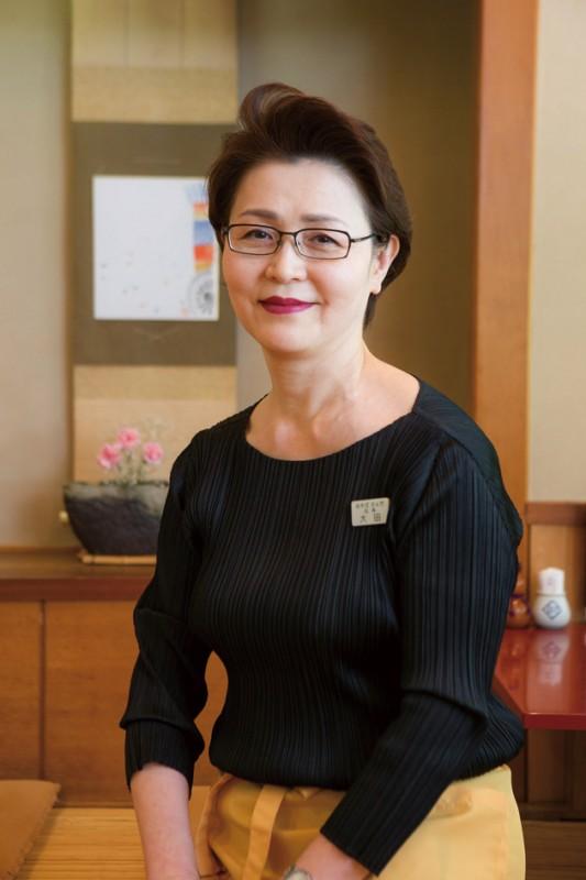 気風のよさでも評判の大田さんは、ご主人亡き後、その細腕で商売を支えてきた