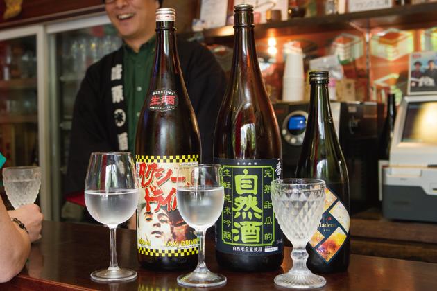 全国の酒造から取り寄せた甘口の日本酒。前田さんは、「僕が甘口の日本酒が好きなんです。カクテルのように楽しんでもらいたいですね」と