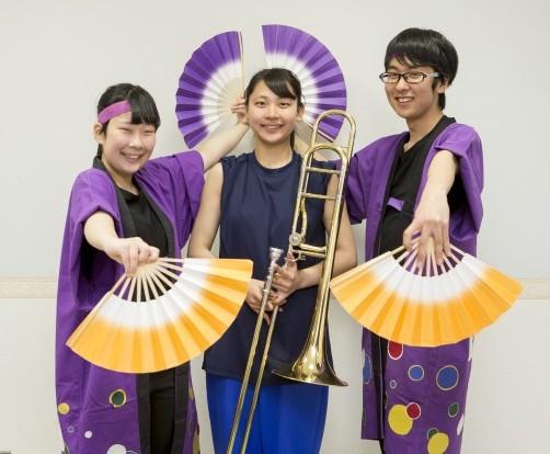 今年はベテランの踊り手池田さん、部長の西宮さん、踊り手の及川さん(左より)