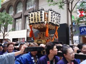 野中神社/サンモール一番町の神輿