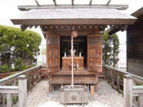 藤崎の屋上に鎮座するえびす神社